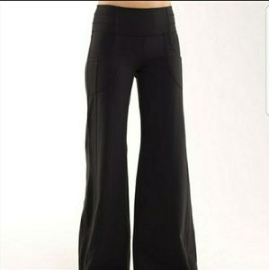 Lululemon Dance Fitness Denim Black Pant